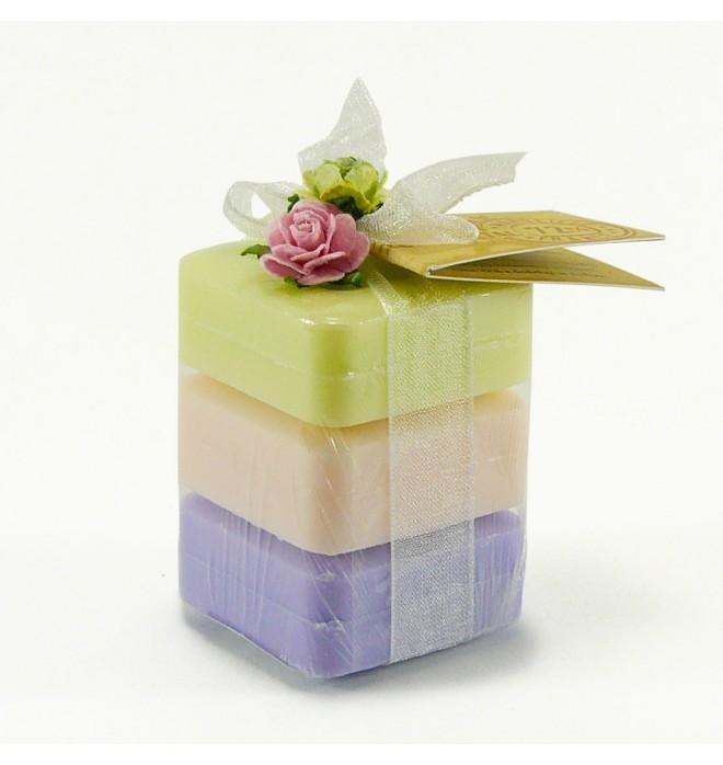Tři dárkově zabalená marseillská přírodní mýdélka - 3x 25 g - levandule,růže,verbena